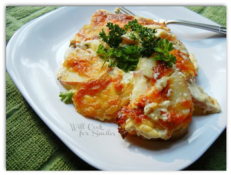 Greatest Scalloped Potatoes | from willcookforsmiles.com