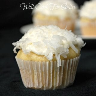 Coconut Cupcakes and New York Yankees Coconut Cupcakes