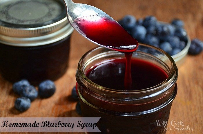 Homemade- Blueberry-Syrup 3ed