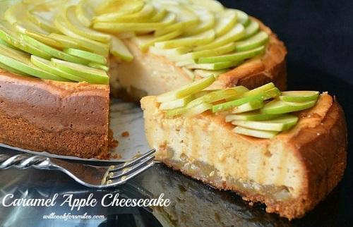 Caramel_Apple_Cheesecake_4ed-650x419