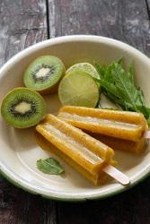 Mango-Kiwi-Limeade-Popsicles-BoulderLocavore.com-261-402x600