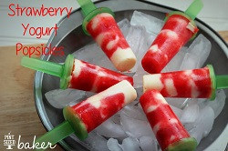 strawberry-yogurt-popsicles