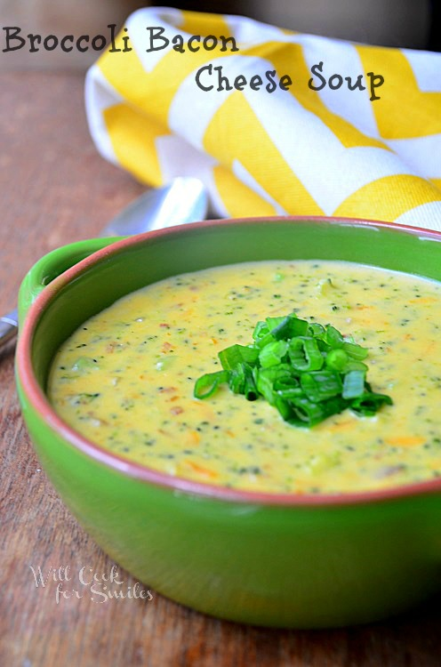 Easy Broccoli Cheese Soup Recipe loaded with crispy bacon. It's perfect comfort food for the fall. #soup #broccolicheese #bacon #broccoli #cheesysoup