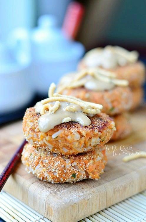 Asian Salmon Cakes (c) willcookforsmiles.com #kraftrecipemakers