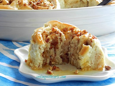 Baklava-Sourdough-Cinnamon-Rolls-at-cookingwithcurls-WM-1024x768