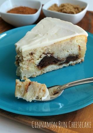 Cinnamon-Bun-Cheesecake