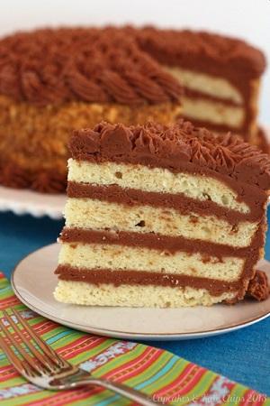 Gluten-Free-Golden-Fudge-Cake-Cupcakes-Kale-Chips-2013-7-wm