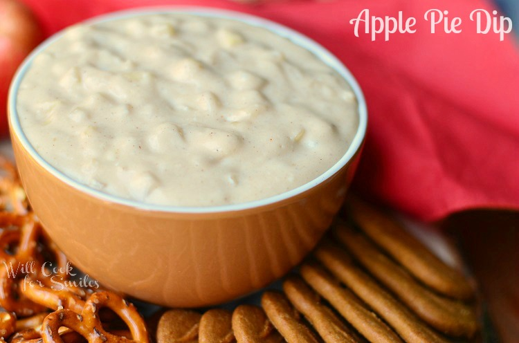 Apple Pie Dip 1 (c) willcookforsmiles.com #dip #apple #applepie