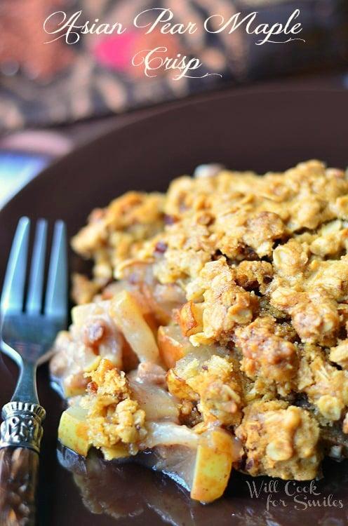 Asian Pear Crisp 1 (c) willcookforsmiles.com #pear #crisp #casserole