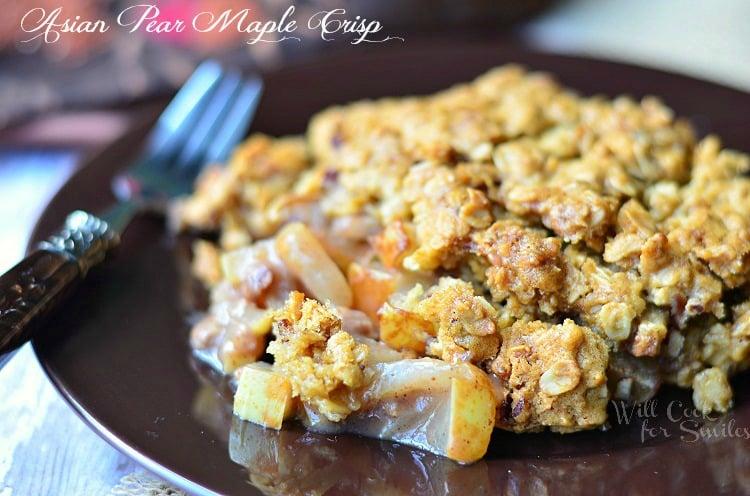 Asian Pear Crisp 2 (c) willcookforsmiles.com #pear #crisp #casserole