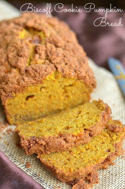 Biscoff Cookie Pumpkin Bread 1 (c) willcookforsmiles.com #pumpkin #bread