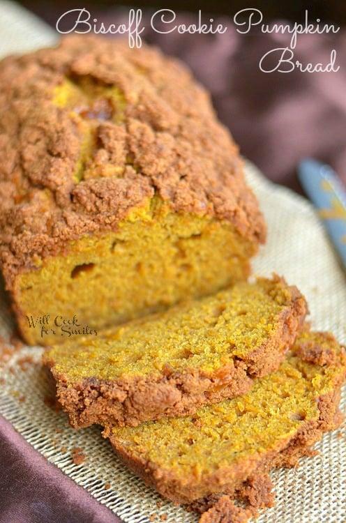 Biscoff Cookie Pumpkin Bread 1 (c) willcookforsmiles.com #pumpkin #bread