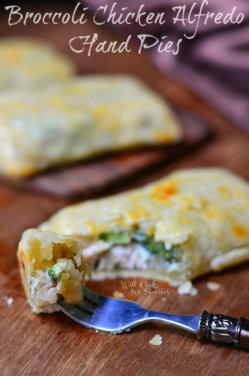 Broccoli Chicken Alfredo Hand Pies 1 (c) willcookforsmiles.com #handpies #chicken #alfredo