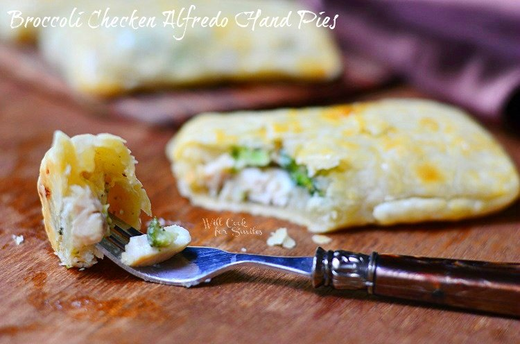 Broccoli Chicken Alfredo Hand Pies 2 (c) willcookforsmiles.com #handpies #chicken #alfredo