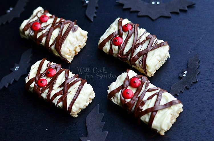 double chocolate rice krispie mummies 2 c willcookforsmilescom halloween funtreats