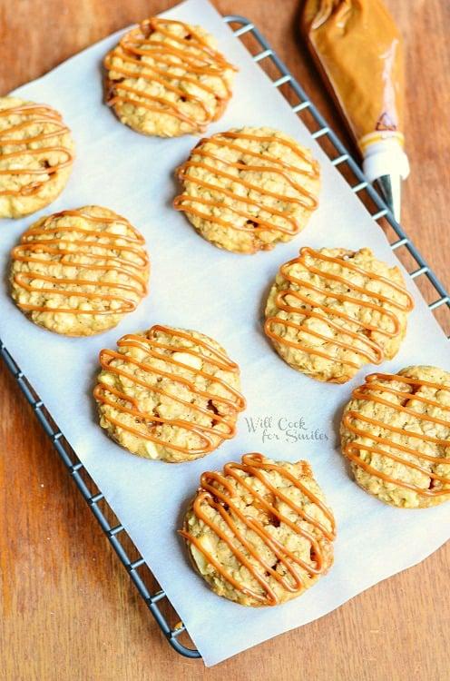 Dulce de Leche Apple Caramel Oatmeal Cookies 4 (c) willcookforsmiles.com #cookies #applecaramel