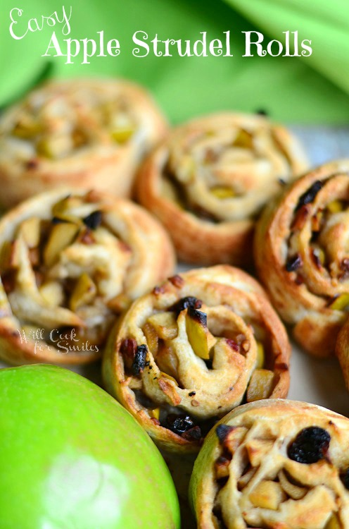 Easy Apple Strudel Rolls 2 (c) willcookforsmiles.com #apple #strudel #fallrecipes
