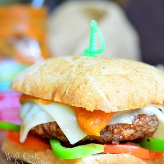 Chipotle Tomato Pepper Cheeseburger