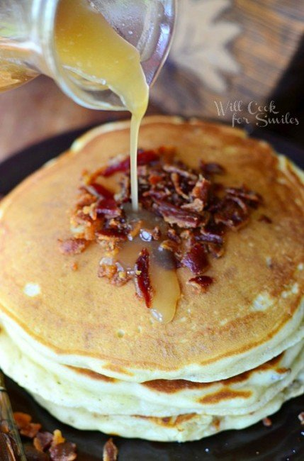 Maple Bacon Pancakes Recipe is a perfect breakfast for every bacon lover. Fluffy buttermilk bacon pancakes made with pure maple syrup and crispy bacon inside and out. #pancakes #maple #bacon