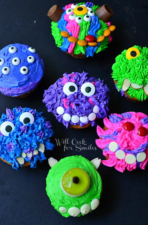 Monsters University Cupcakes 8  from willcookforsmiles.com #monsters #cupcakes #party