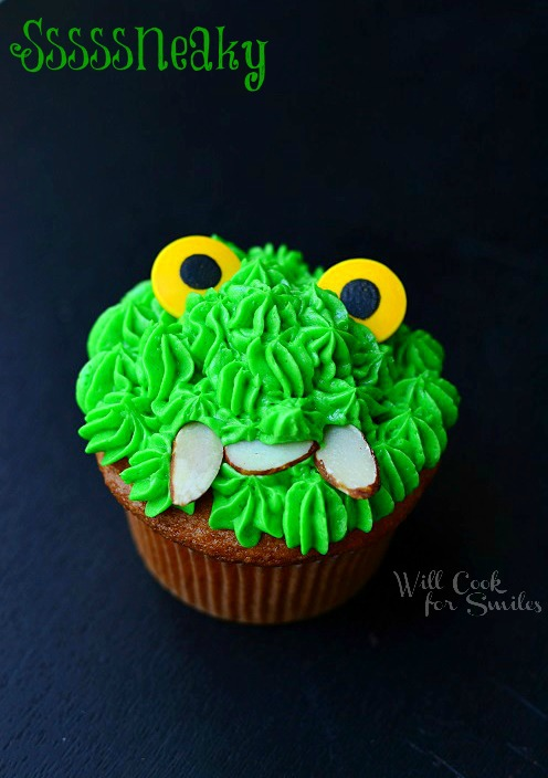 Monsters University Monster Cupcakes 4 from willcookforsmiles.com #monsters #cupcakes #party