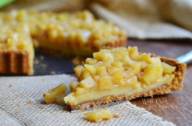 Apple Pie Custard Tart 6 from willcookforsmiles.com #tart #custard ...
