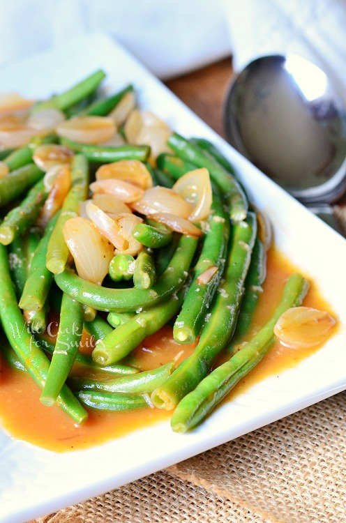 French Onion Green Beans 1 from willcookforsmiles.com #greenbeans #sidedish