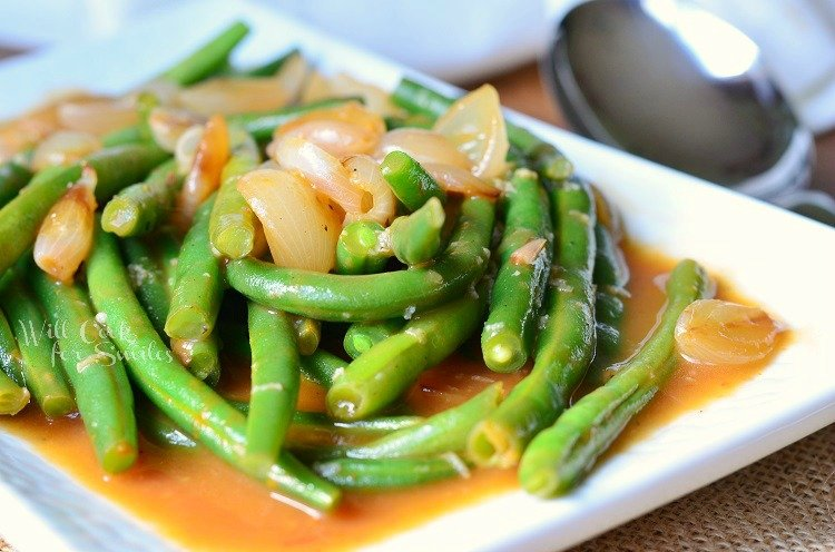 French Onion Green Beans 2 from willcookforsmiles.com #greenbeans #sidedish