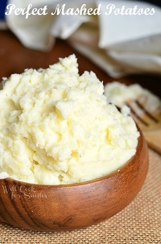 Perfect-Mashed-Potatoes-1-from-willcookforsmiles.com-mashedpotatoes-sidedish-potato