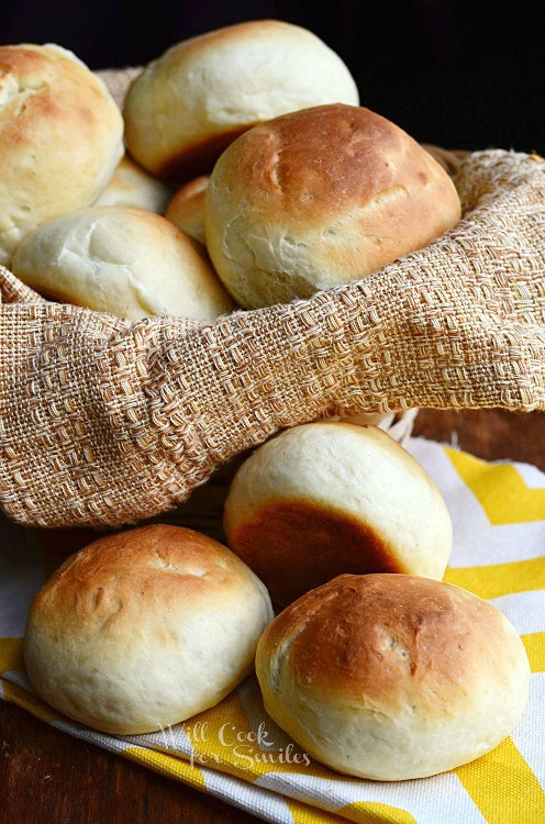 Potato Dinner Rolls |  from willcookforsmiles.com #bread #rolls