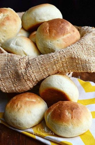 Potato-Dinner-Rolls-1-from-willcookforsmiles.com-bread-rolls-