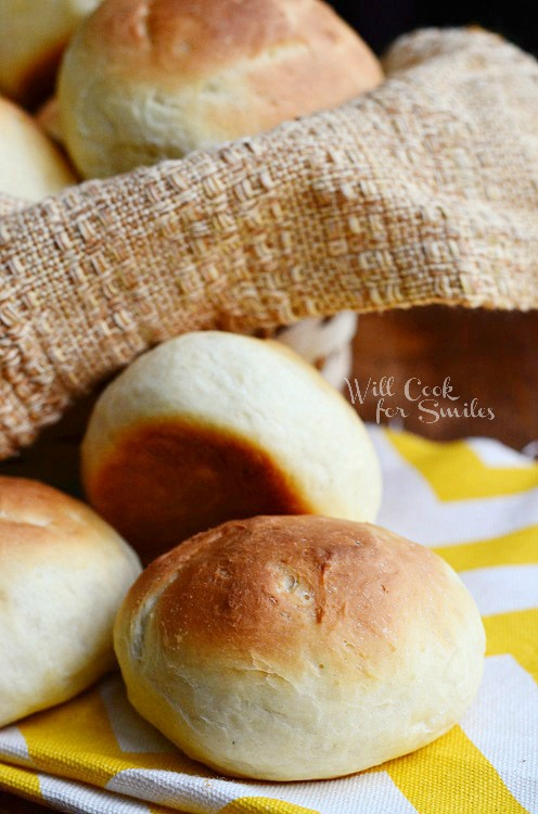 Potato Dinner Rolls 2 from willcookforsmiles.com #bread #rolls