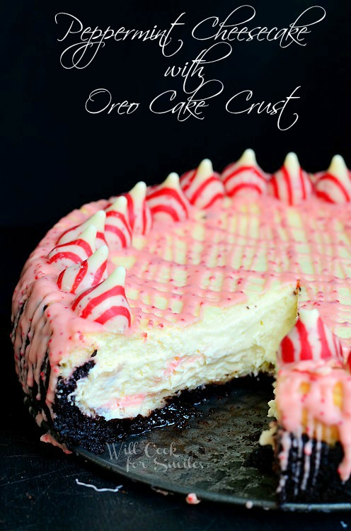 Peppermint Cheesecake with Oreo Cake Crust | from willcookforsmiles.com #cheesecake #peppermint #oreo