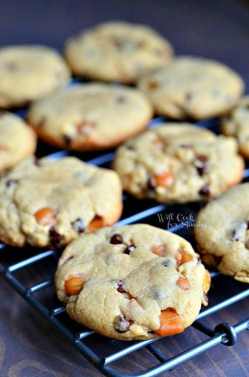 Sumbitches Peanut Butter Chocolate Caramel Cookies | from willcookforsmiles.com #cookies