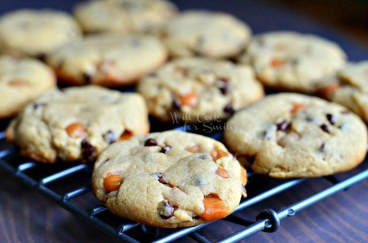 Sumbitches Peanut Butter Chocolate Caramel Cookies 2 from willcookforsmiles.com #cookies