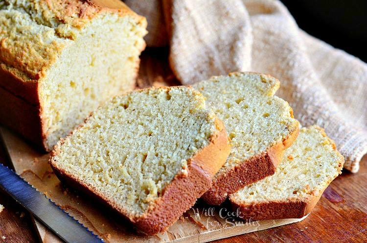 Vanilla Bean Eggnog Bread from willcookforsmiles.com #eggnog #bread #vanilla