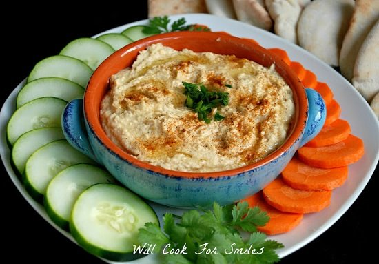 Homemade Hummus 2 edited
