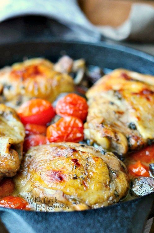 Roasted Chicken Thighs with Tomatoes and Muchrooms 1 from willcookforsmiles.com #chicken #chickenthighs