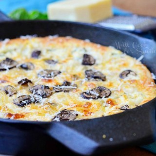 Asiago Mushroom & Onion White Pizza Skillet, Skillet Recipes and Tips