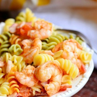 Chipotle Shrimp Bacon & Tomato Pasta Bowl
