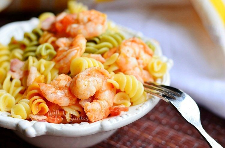 Chipotle Shrimp Bacon & Tomato Pasta Bowl 2  from willcookforsmiles.com #shrimp #pasta