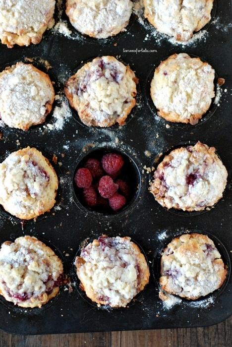 Lemon-Raspberry-Muffins-3-700x1046