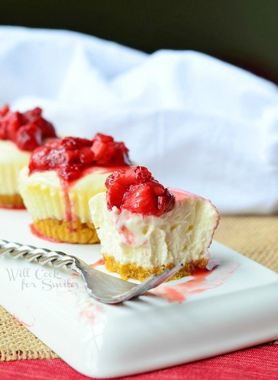Skinny Mini Strawberry Cheesecakes 3 from willcookforsmiles.com #cheesecake #strawberry #skinnydessert