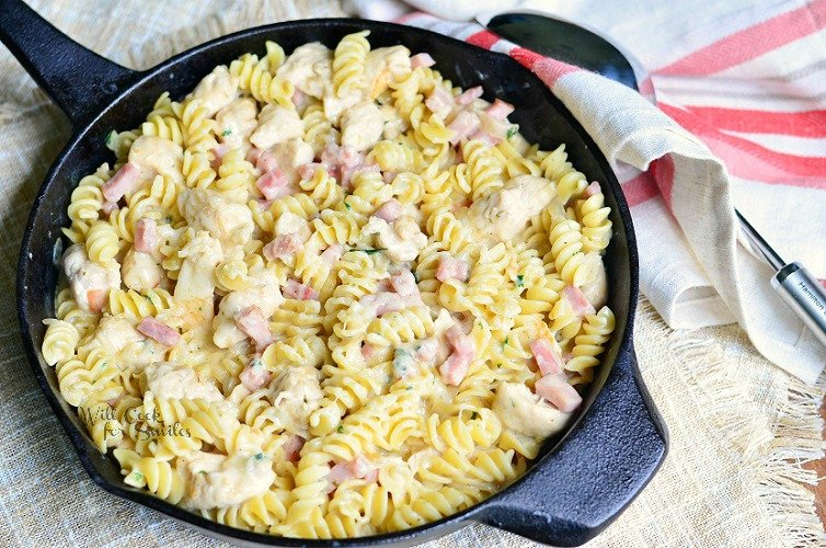 Chicken Cordon Bleu Pasta Dish 3 from willcookforsmiles.com #cordonbleu #pasta