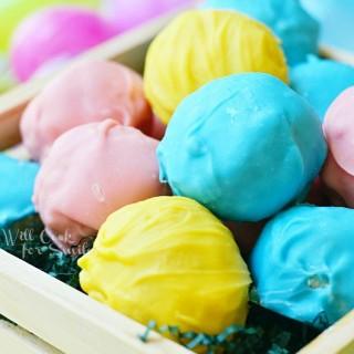 Easter Marshmallow Oreo Truffles