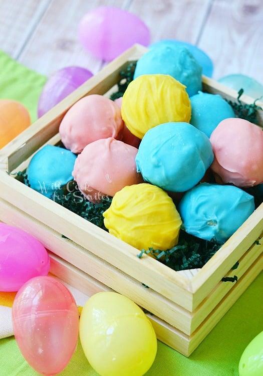 Golden Oreo Easter Truffles from willcookforsmiles.com #truffles #oreo