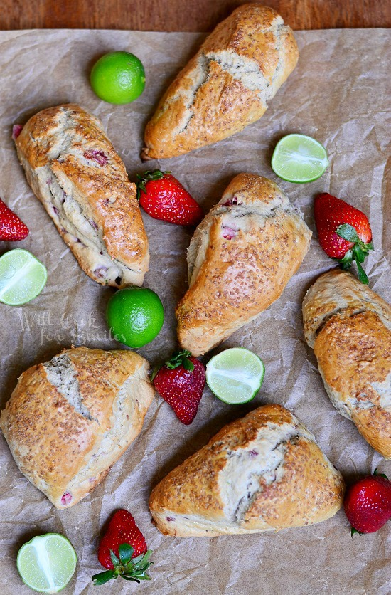 Strawberry Key Lime Scones from willcookforsmiles.com #scones #strawberry #keylime