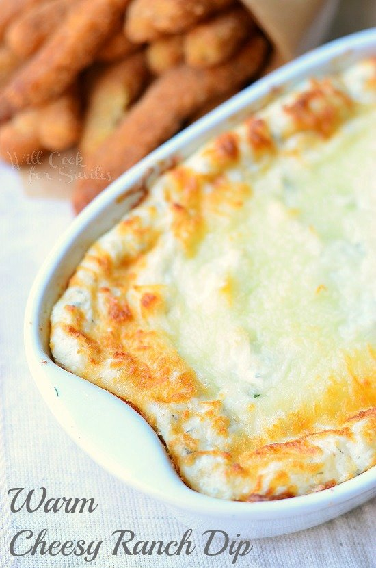 Warm Cheesy Ranch Dip from willcookforsmiles.com #dip #ranch