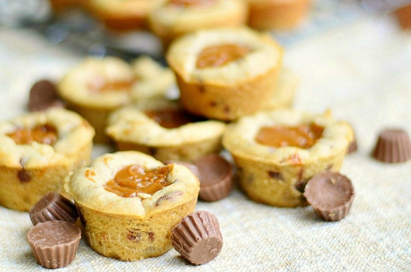 Dulce De Leche Peanut Butter Cup Cookies & Food Fight (Reese's vs Snickers)