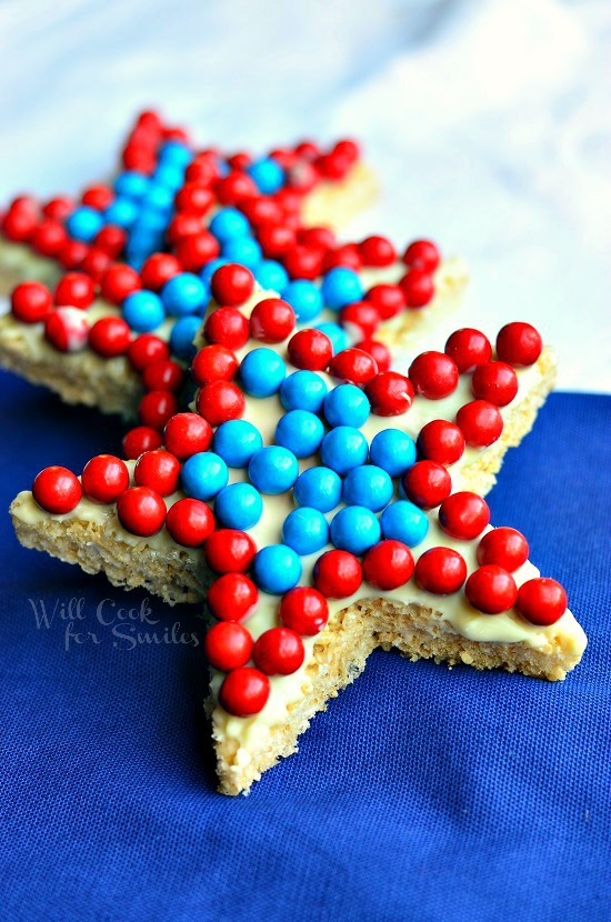 Red White and Blue Rice Krispie Stars 1 from willcookforsmiles.com #redwhiteandblue #treat #memorialday